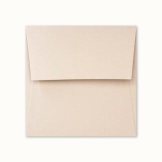 Dunstfarbenes Couvert für quadratische Karten